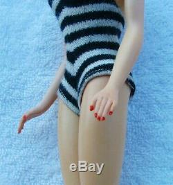 1959 BRUNETTE #1 BARBIE SALESMAN SAMPLE HAND PAINTED FACE STUNNING MINT w BOX