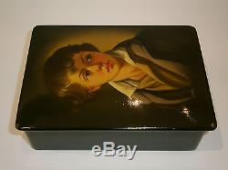 ANTIQUE RUSSIAN HAND PAINTED FEDOSKINO LACQUER BOX SIGNED BY ARTIST 1961 Pushkin