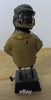 Antique Vintage Tin Hand Painted Bowing Wind Up Mechanical Man on Box Toy NR yqz