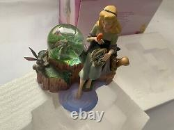 In Box Disney Aurora Collectible Sleeping Beauty Snow Globe Hand Painted Crafted