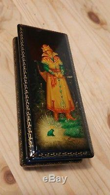 Russian Black Lacquer Frog Princess Trinket Box Hand Painted Fedoskino with paper