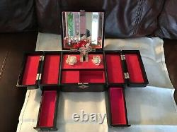 Vintage Japanese Red/Black Lacquer Jewelry Music Box Hand Painted 11-3/4 wide